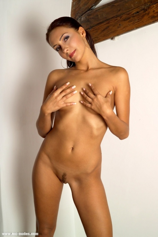 Real gorgeous naked real babe