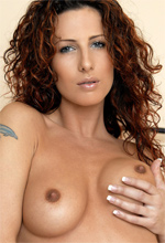 Mc-Nudes Ivetta - Mc-Nudes Ivetta plays with her hairy muff