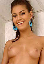 Valentina Rossini - Stunning Valentina showing her hot body in the shower